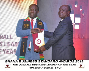 Mr Eric Asubongteng recieving his award at the Ghana Business Standard Awards