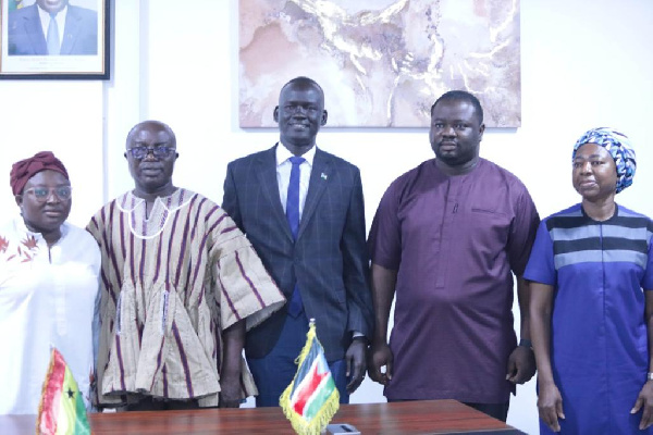 South Sudan Youth Minister calls on Executive Director of NSS
