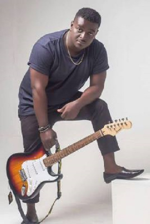 Ghanaian singer Kumi Guitar