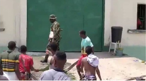 Unknown gunmen attack di facility on Sunday 12, September, 2021 free ova 240 inmates