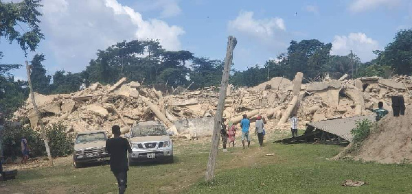 Church building collapses, 1 dead, others injured