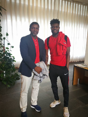 Maxwell Konadu has charged the midfielder to make the move this summer