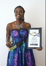 Rachel Ankomah with her award