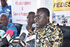 Mr Ofori Asiamah addressing drivers