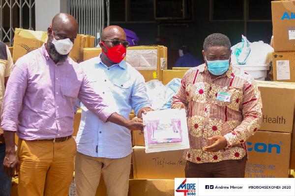 Andrew Egyapa Mercer donates to Effia-Nkwanta Regional Hospital