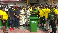 NPP Manhyia South constituency executives making the donation at the Manhyia Palace
