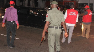 Zonal EFCC operatives don arrest di two owners of di popular Lagos bar