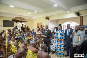 Otumfuo Osei Tutu II, receiving the team at the Manhyia Palace