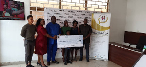 Officials of LCCG receiving the donation