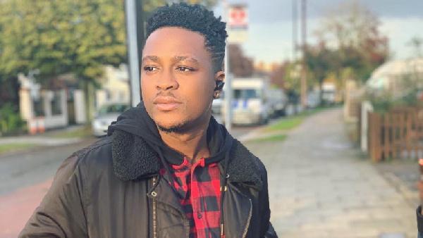 Ghanaian singer, Krymi