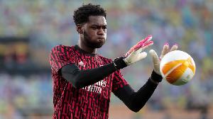 Hibernian vs Arsenal: Arthur Okonkwo make mistake for im debut for di Gunners pre-season friendly match