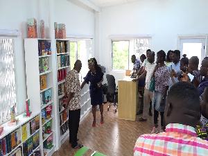 The e-Ananse library