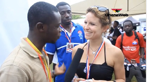 The teacher/actress based in Kumasi says Ghanaians should vote for Nana