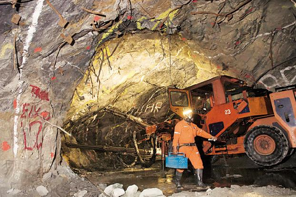AngloGold Ashanti posts first quarter earnings of US$203 million