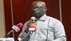 Dr Thomas Kusi Boafo