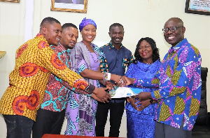 Youth Leaders for Health Ghana with Dep. Director General of the Ghana Health Service, Dr. Anthony
