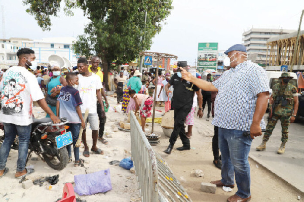 Agbogbloshie onion sellers demonstrate at NPP Headquarters