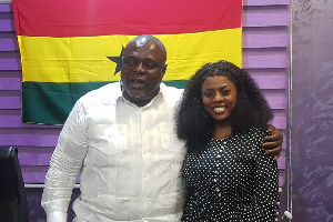 Koku Anyidoho took a picture with Nana Aba Anamoah after the interview