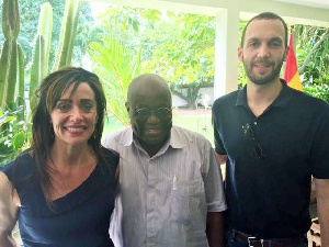 President Akufo-Addo flanked by head of KRL International, Riva Levinson and another executive