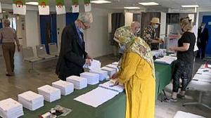 Authorities seek to bolster their legitimacy and weaken the Hirak