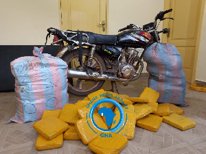 Display of the parcels and the bike with which they were transported
