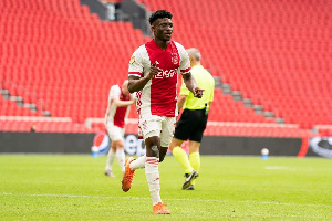 Mohammed Kudus could play for Ajax, hints coach Ten Haag