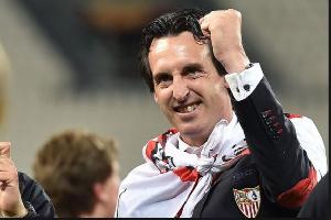 PSG coach Unai Emery