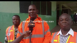 Deputy NADMO Coordinator for the Ga South Municipal Assembly, Wonder Matthew Jiaggey (centre)