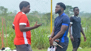 The protest claims Asante Kotoko fraudulently registered Muniru at the GFA