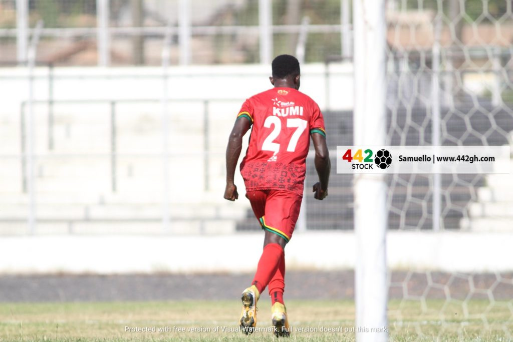 Asante Kotoko beat Berekum Chelsea 2-0 to go top of league table