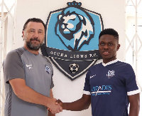 Seth Amoateng being welcomed to the club