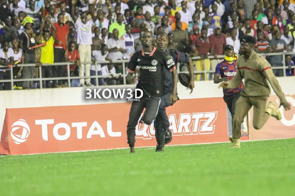 Ghanaians divided over whether Ghana - South Africa pitch invader should be punished