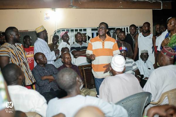 Amewu meets with Hoehoe-Zongo Zabarama community