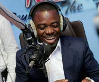 Sammy Flex is the host of Zylofon FM's Showbiz Agenda