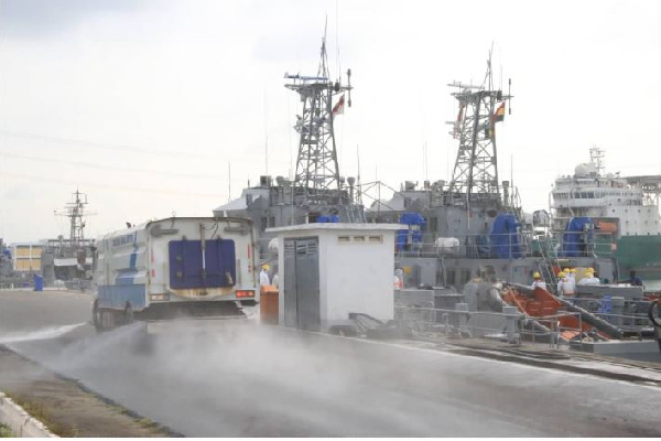 Eastern, Western Naval Commands benefit from Zoomlion disinfection exercise