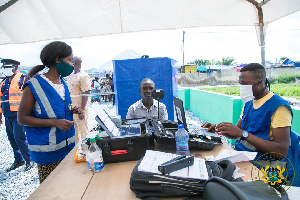 File photo: Voters registration process