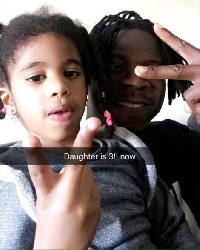 Stonebwoy with his daughter
