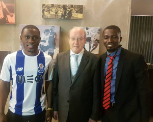 Majeed Waris has joined the club on a six-month loan