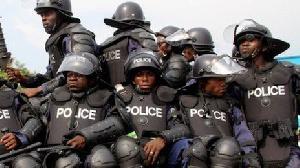 117738630 Police23