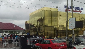 Customers besieged the premises of Menzgold for their locked-up cash