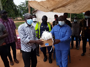 The items donated included nose masks, hand sanitizers and tissues.