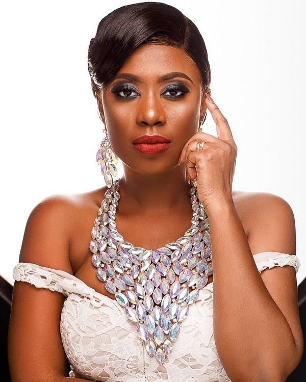 Actress, Selly Galley