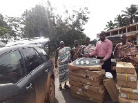 The MCE presented 17 LED streetlights worth Gh¢11,200