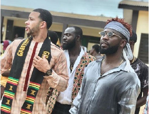 Former Manchester United star Memphis Depay and Bisa Kdei