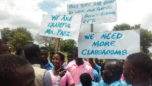 Students lament congestion in their classrooms and dormitories