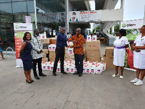 Kenneth Antwi presenting the medical supplies to Ridge Hospital