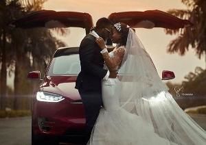Kennedy and Tracy's Tesla wedding shoot