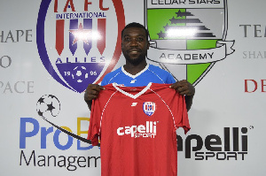 Winger Emmanuel Adjetey
