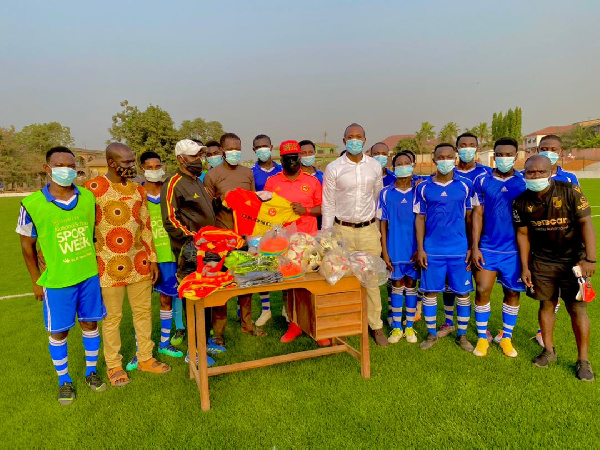 A photo of Cheetah FC's presentation to GIHOC FC