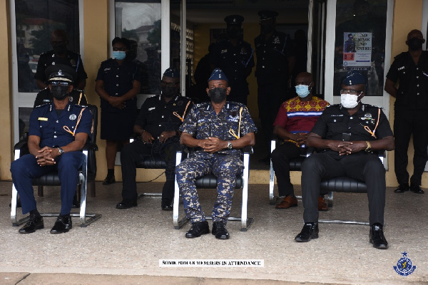 Acting IGP launches horse patrol operations. 56